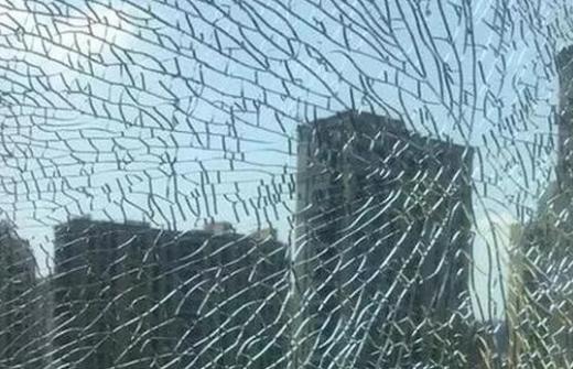玻璃热炸裂该如何防范?